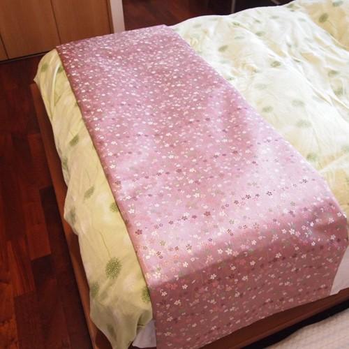 bed-bisakura-pink